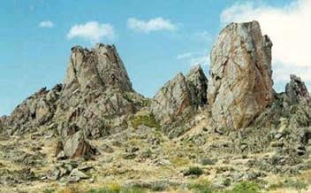 balkaya - Sivrihisar Kayalıkları