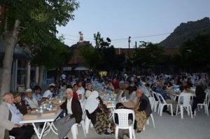 belediye-iftar-yemek