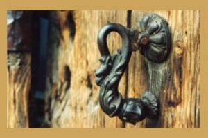kapi tokmak 1 300x200 - Kapı Tokmakları