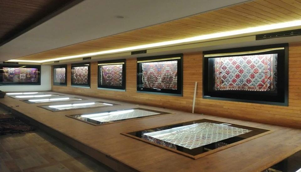 kilim muzesi ici 1 - Sivrihisar Kilim Müzesi 20 Mart'ta Açılacak