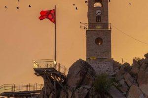 saatkulesi seyirterasi 300x200 - Saat Kulesi ve Seyir Terası