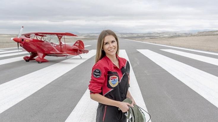 semin ozturk sener 1 - Kadın Pilotlar Sivrihisar'a Geliyor