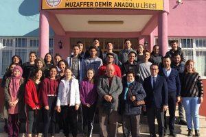 sev bagis 300x200 - Muzaffer Demir Anadolu Lisesine Anlamlı Bağış
