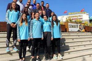sivrihisarspor atlet takimi 300x200 - Sivrihisarspor Atletizm Takımı