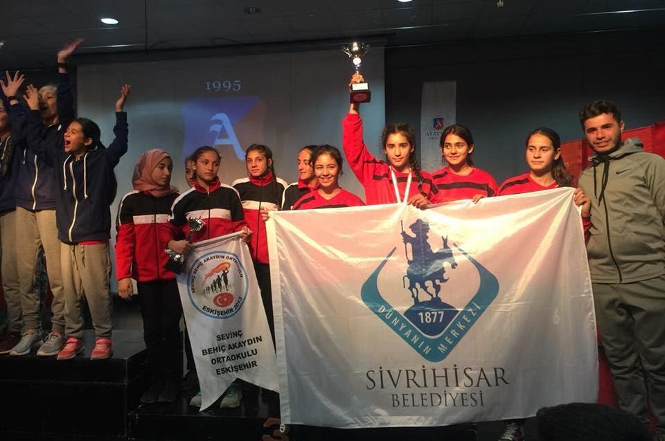 spor destek2 - Sporcu Çocuklarımıza Destek