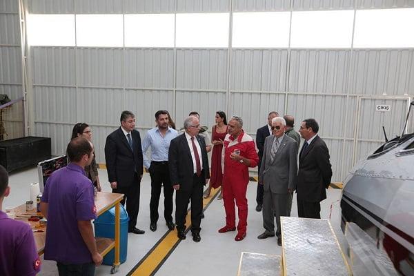 vali ziyaret 3 - Vali Tuna, Sivrihisar Havacılık Merkezini Ziyaret Etti